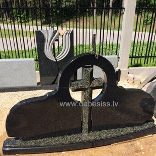 4. Granīta pieminekļu kompozīcija ar krustu